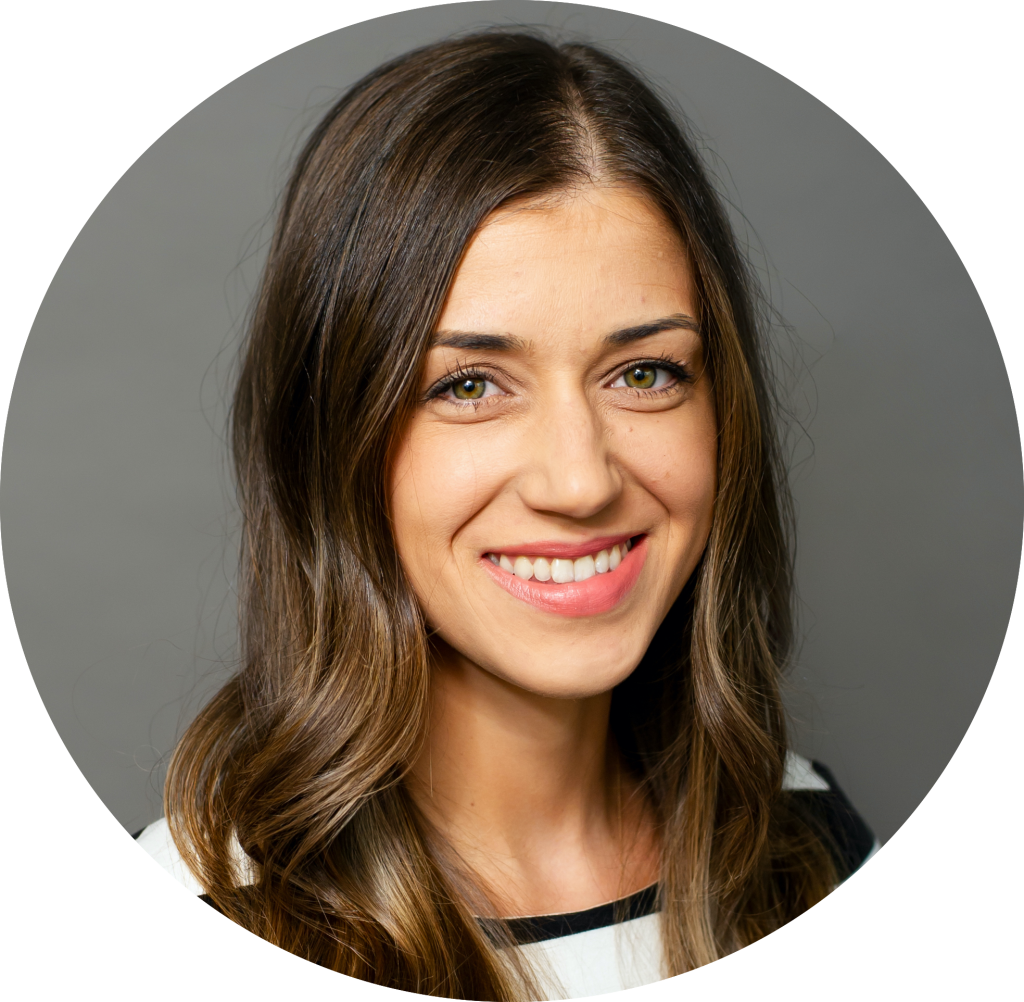 Dr. Anna Toporowska headshot